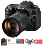 Nikon D7500 + 18-200 AF-S VRII černý