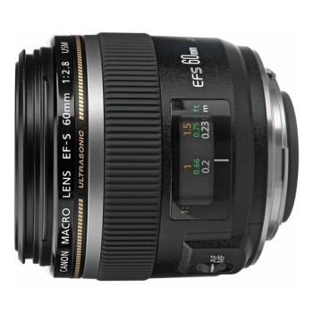 Objektiv Canon EF-S EF-S 60 mm f/2,8 černý