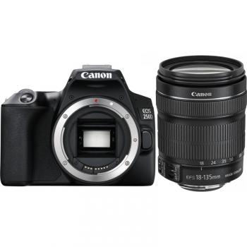Digitální fotoaparát Canon EOS 250D + 18-135 IS STM černý