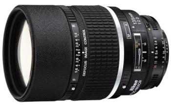 Objektiv Nikon NIKKOR 135MM F2 AF DC-NIKKOR D A černý