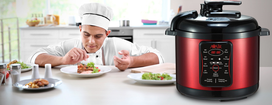 caeff7fad Tento multifunkční hrnec je novinkou v oboru, neboť díky nové digitální  technologii dokáže sjednotit schopnosti všech elektrických zařízení na  vaření i ...