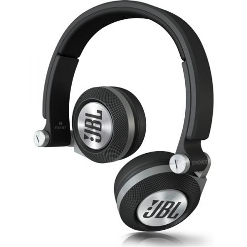 JBL E30 BLK černá